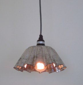 Fluted stamped-tin plug-in mini-pendant